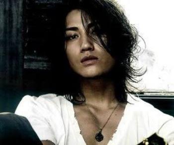 氷室京介 現在 赤西仁 KATTUN 楽曲提供