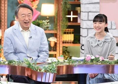 テレビに出演する芦田愛菜