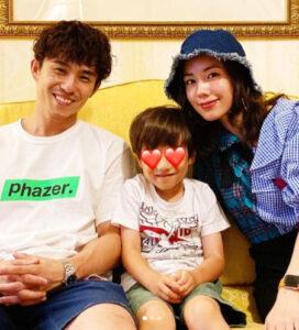 仲里依紗と中尾明慶とその子供